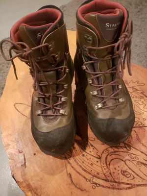 Mens size 11 Simms fishing boots for Sale in Kenmore, WA