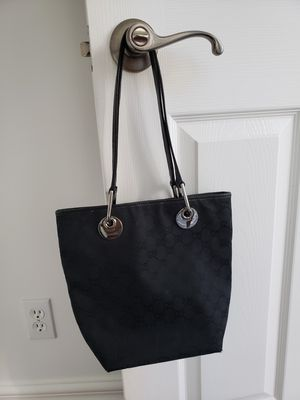 Authentic Gucci bag, dustbag & tags for Sale in Henderson, NV