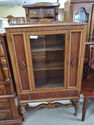 Vintage cabinet $125 for Sale in Cheshire, CT