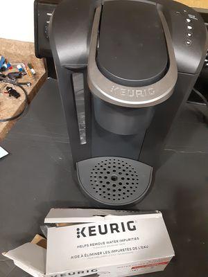 Keurig coffee maker+ water filter for Sale in Ruskin, FL