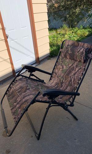 Reclining Picnic Chair for Sale in Morton Grove, IL