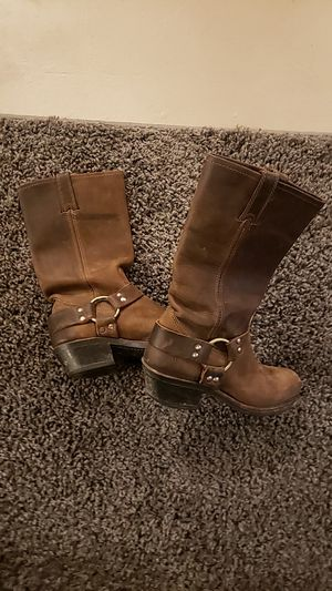 Frye boots size 7 for Sale in Beaver Dam, WI
