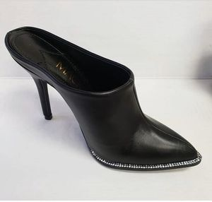 New Black Slide Bootie high heels. Size 7 or 9 for Sale in Miami, FL