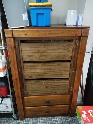 Solid pine dresser - pickup only for Sale in Seattle, WA