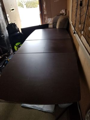 Solid wood dining table 8' when open for Sale in Las Vegas, NV