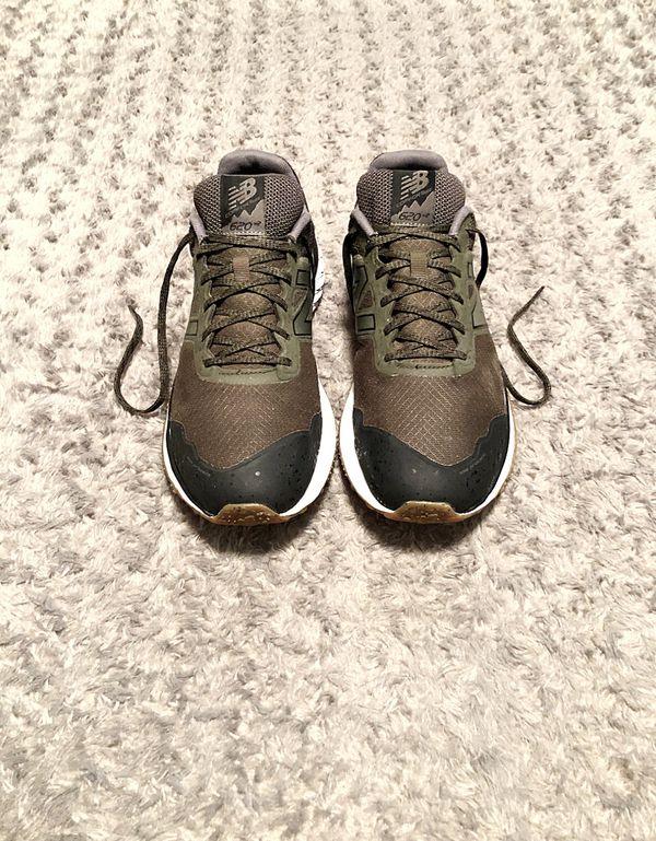 Men's New Balance 620 paid $120 size 10 Like new! Good condition. Trail Running Cush+ Shoes