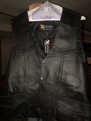 4xl motorcycle leather vest for Sale in Melrose Park, IL