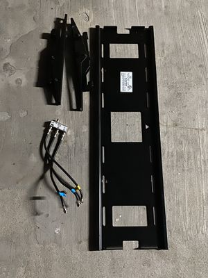 TV Wall Mount Max Weight 200lbs for Sale in Nipomo, CA
