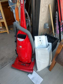 Kenmore Progressive Vacuum with HEPA Filter & Bags for Sale in Hesperia,  CA