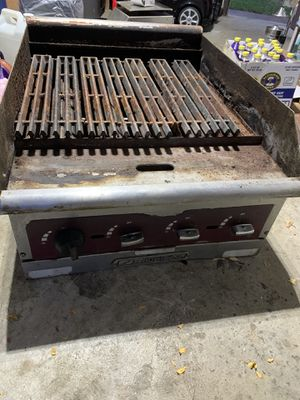 Charcoal 24 inches for Sale in Willow Springs, IL