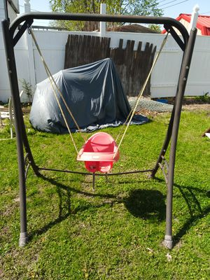 Baby swing indoor are out door for Sale in Cahokia, IL