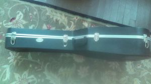 Acoustic guitar case. for Sale in Cincinnati, OH
