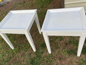 Ashley furniture pair end tables for Sale in Riverdale, GA