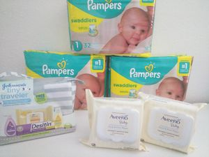Baby Bundle - Pampers Swaddlers Size 1 for Sale in Auburn, WA