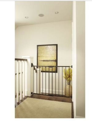 North States easy swing & lock baby gate. for Sale in Las Vegas, NV