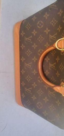 Louis Vuitton Alma classic bag. Very good shape! Clean inside and out. Handles are in great condition... No offers for Sale in Seattle,  WA