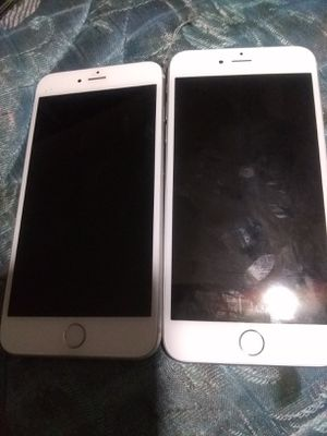 (2) iPhone a1533 6plus for parts clean imei for Sale in Atlanta, GA