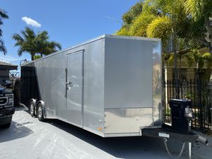 2019 Covered wagon 8.5x26 enclosed trailer for Sale in Miami, FL