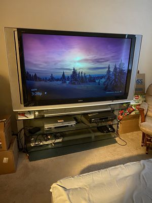 Tv and glass stand for Sale in Olympia, WA
