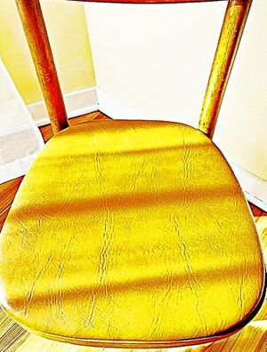Wooden Shelby Williams Industries MCM chairs (4) with leather seat cushion. for Sale in Monroe, MI