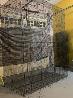 Huge Flyin Cage Great Condition for Sale in Suwanee,  GA