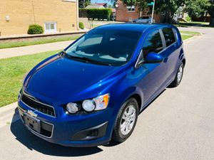 2013 Chevy sonic LT Hatchback Turbo for Sale in Chicago, IL