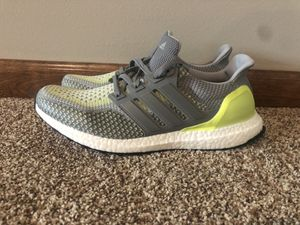 Adidas Ultraboost Yellow Grey White Size 9.5 Mens for Sale in Chippewa Falls, WI