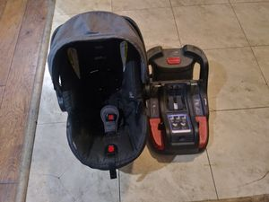 Britax B-safe 35 for Sale in Artesia, CA