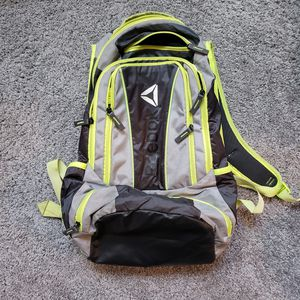 REEBOK Neon and Grey backpack for Sale in Cleveland, OH