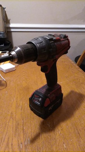 MILWAUKEE M18 HAMMER/DRIVER WORKS GREAT WITH BATTERY M18 XC5.0 for Sale in Chicago, IL