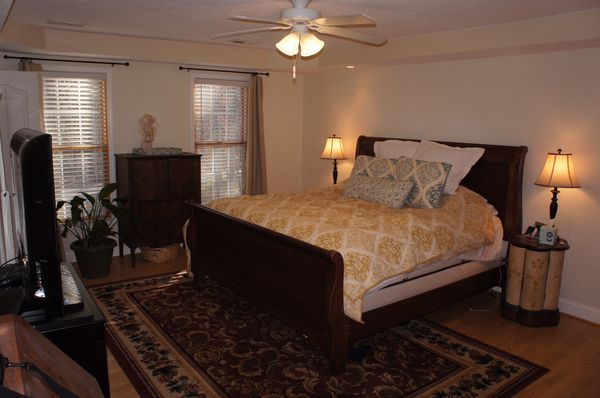 Solid wood King sleigh bed frame