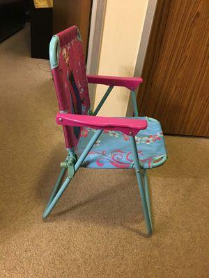 Elsa kids chair for Sale in Salem, MA