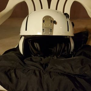 Gentex SPH-5 flight helmet. In good shape with both screens, smoked and clear. Boom mic. Make a reasonable offer. for Sale in Mesa, AZ
