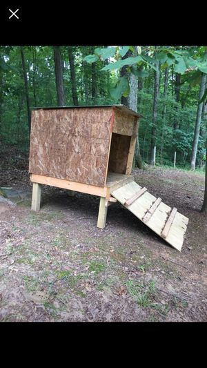Large dog house for Sale in White House, TN