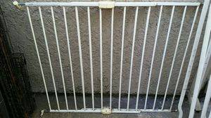 Munchkin Extending Stairway Pet gate for Sale in Sacramento, CA