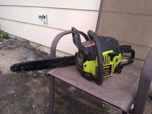 "Poulan 14"" gas powered chainsaw for Sale in Montclair, VA"