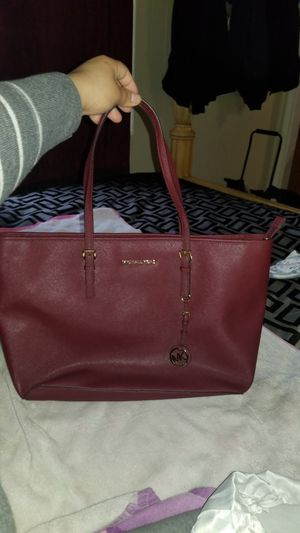 Michael Kors Bag for Sale in Oxon Hill, MD