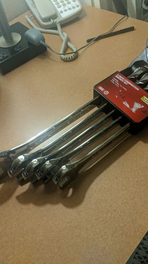 Large 5 piece wrench set sae for Sale in Cary, NC