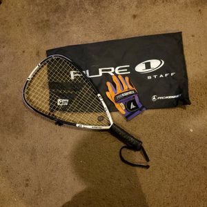 Pro kennex Racquet Bag And Glove All In Great Shape for Sale in Lake Stevens, WA