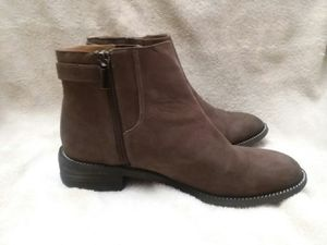 Women's size 7 leather boots for Sale in UNIVERSITY PA, MD