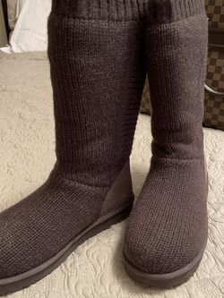Sweater Uggs for Sale in Franklinton,  NC