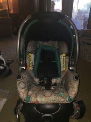 Baby Trend flex loc infant car seat, rear facing for Sale in Fort Walton Beach, FL