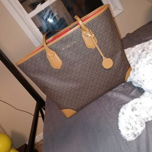 Mk Tote for Sale in Columbus, OH
