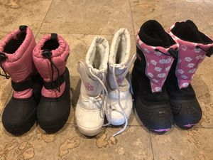 Kids Snow Boots Size 12, size 1, size 2 Girls for Sale in Mesa, AZ