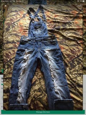 Skinny jeans overalls. SIZE 0 SMALL. for Sale in San Jose, CA
