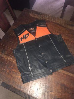 Men's Harley Davidson Leather Vest Large for Sale in Sanger, CA