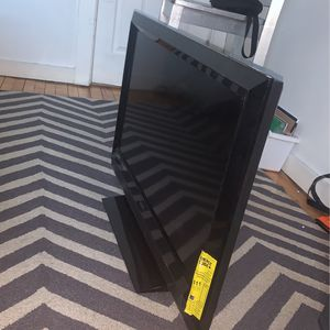 32 Inch Vizio Tv ! best Offer Takes for Sale in Worcester, MA