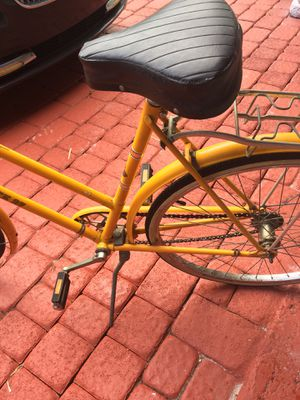 Raleigh Sprite 27 Bicycles for Sale in Miami Gardens, FL