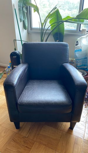 Deep Brown Comfy Armchair/ Accent Chair for Sale in Washington, DC