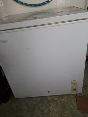 White single door refrigerator for Sale in Lewisburg, PA